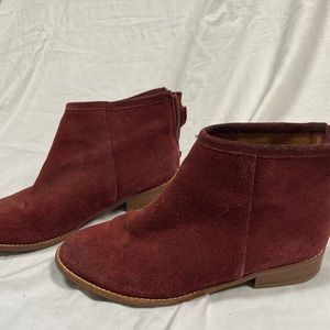 Urban Outfitters Chelsea Boot
